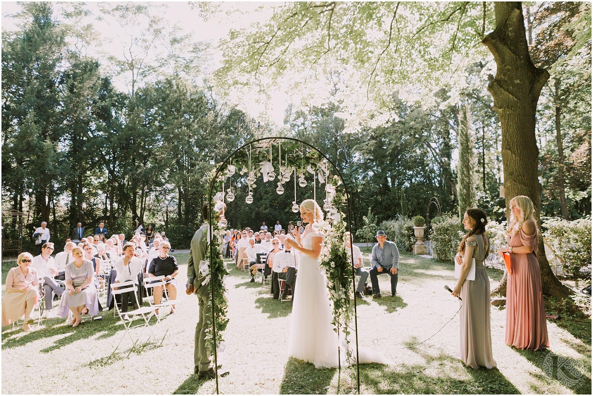 Kateryna-photos-photographe-mariage-chateau-des-3-fontaines-provence-avignon-vaucluse-sud_0047.jpg